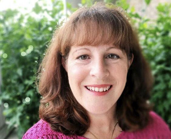 Headshot of Denise Eccleston
