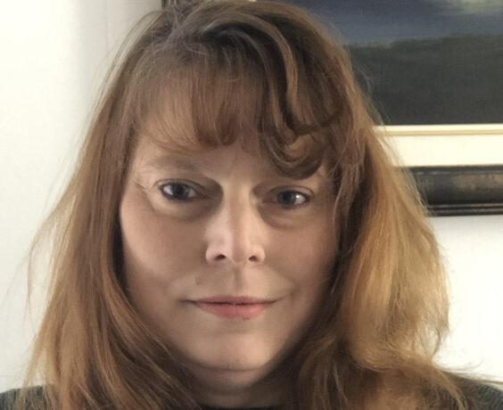 Headshot of Susanne Lauzon